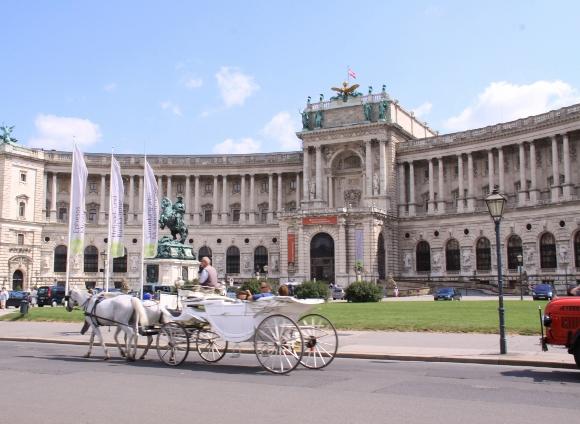 維也納 - 荷夫堡